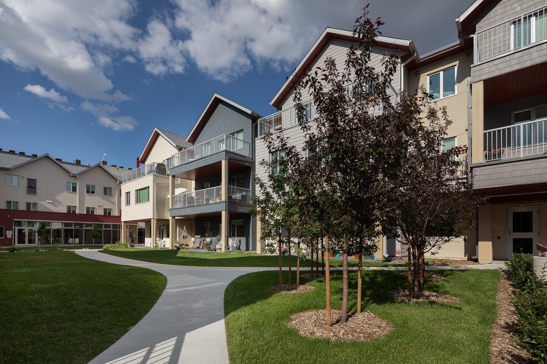 Old-Grace-Housing-Coop-courtyard-path.jpg