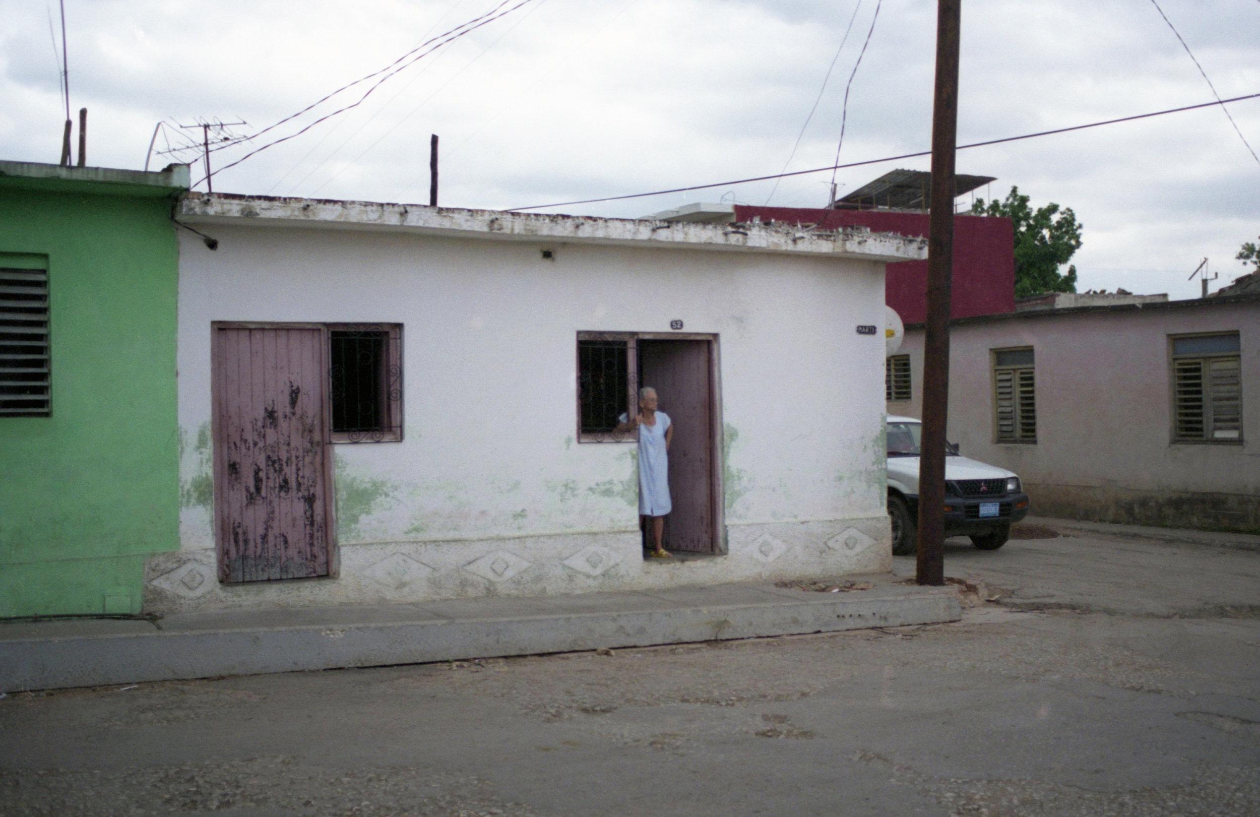 Cuba Doorways_2008_0008.jpg