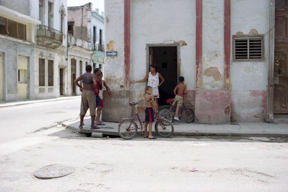 Cuba Doorways_2008_0006.jpg