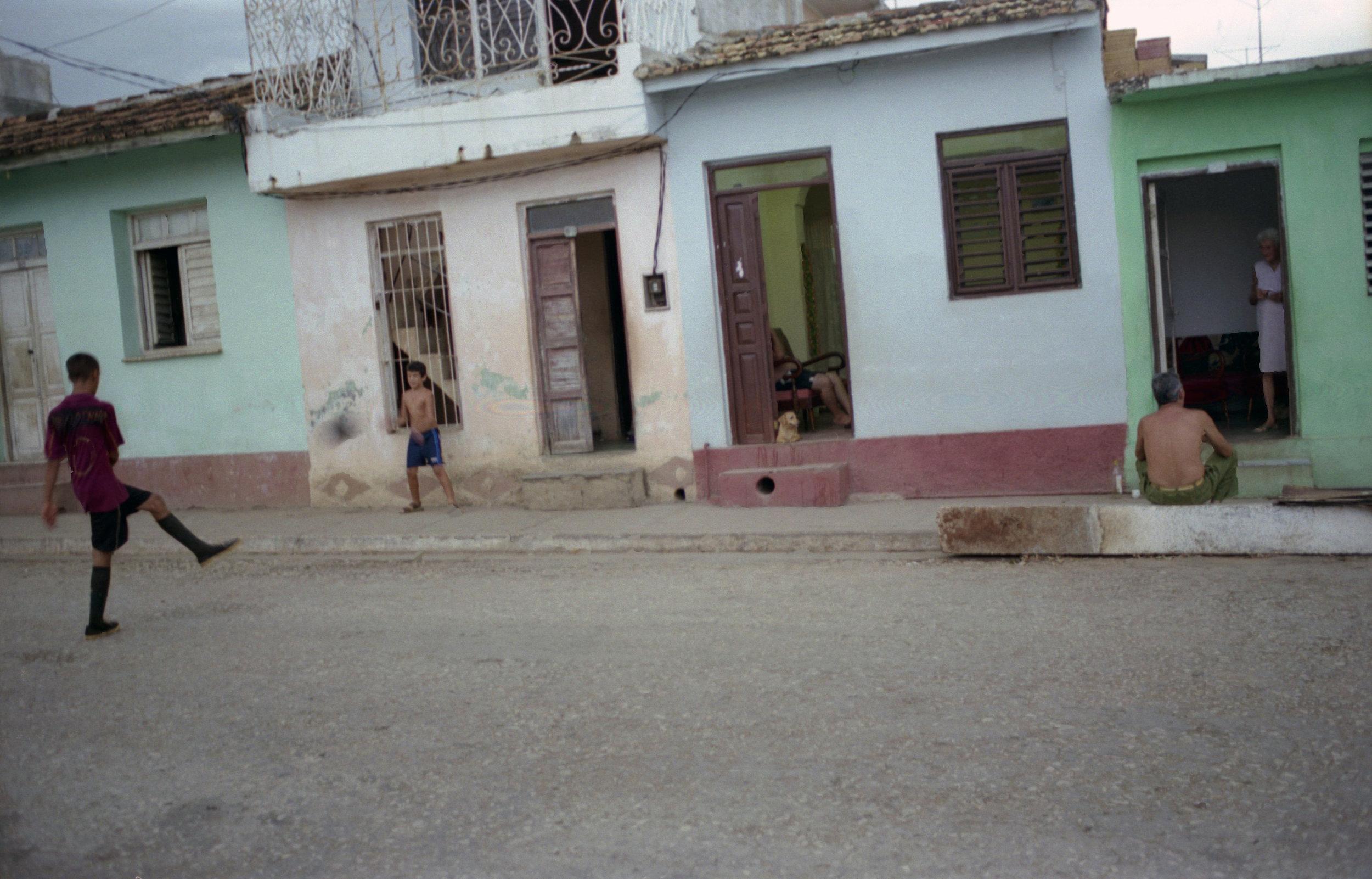 Cuba Doorways_2008_0009.jpg