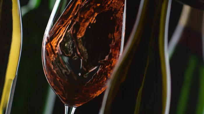 wine glass.jpeg