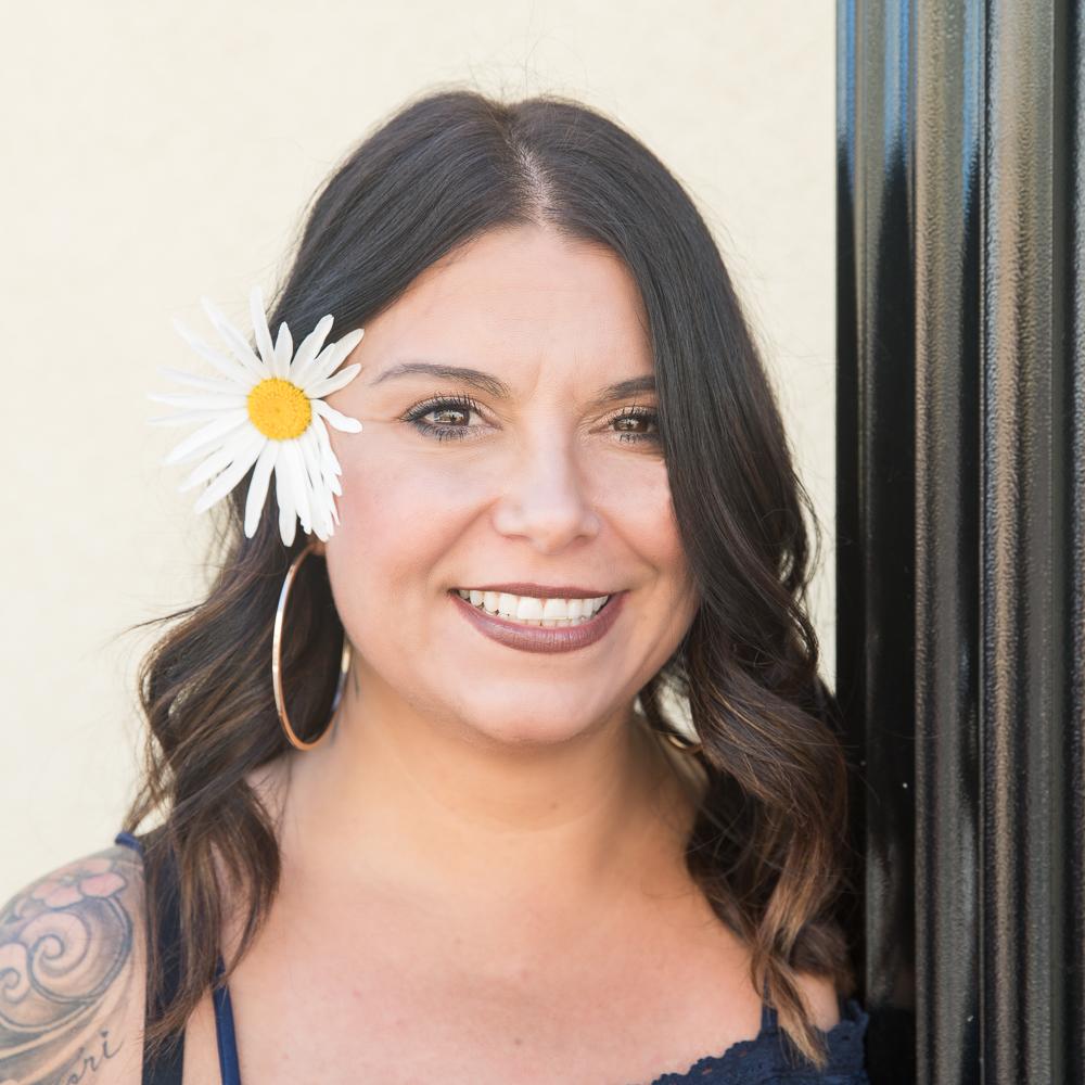 Kristina Silva     Color Specialist / Stylist