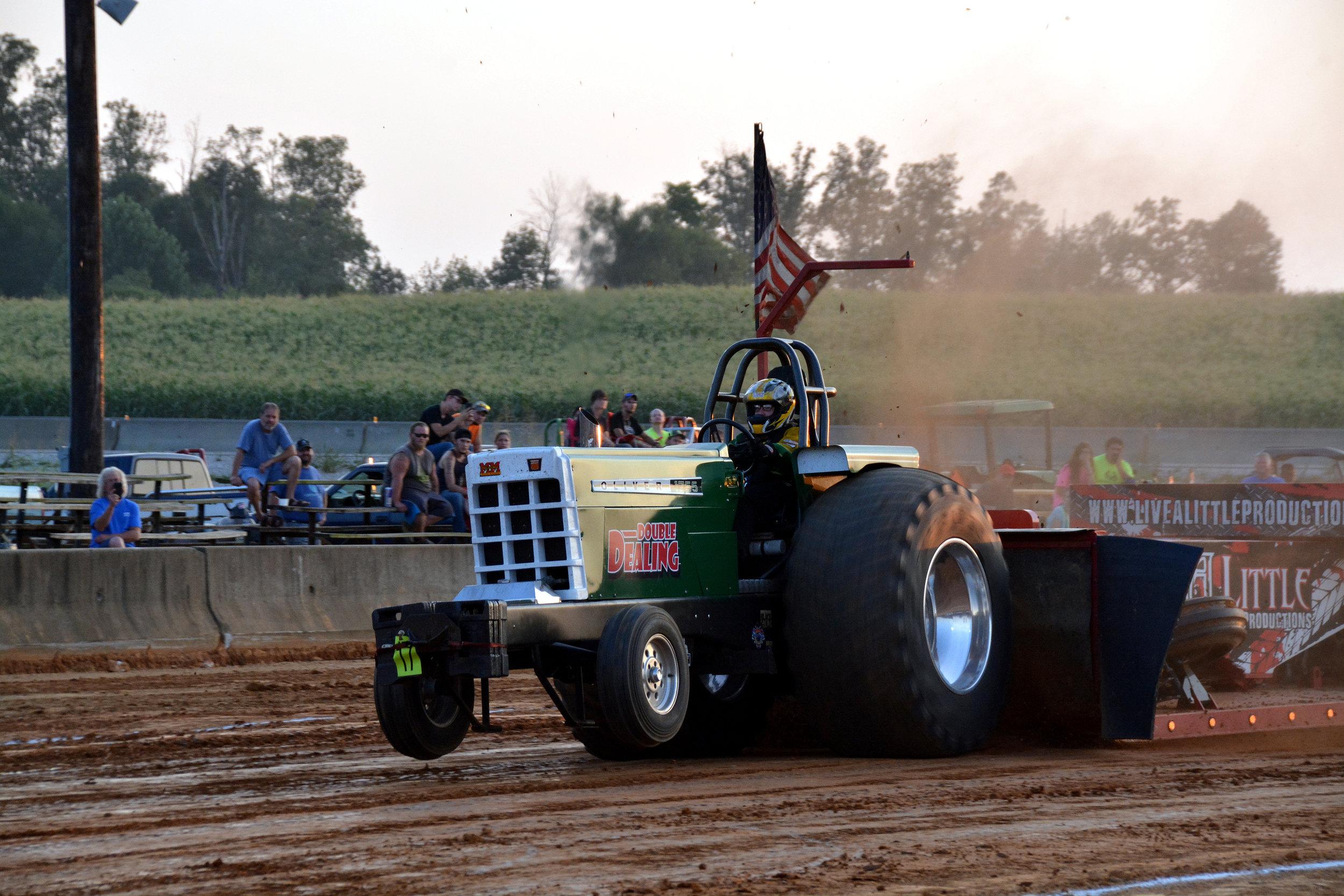 Tractor C3I_7702.jpg