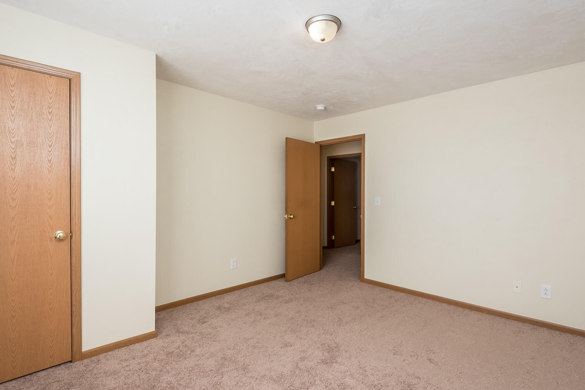 Belleville Apartments