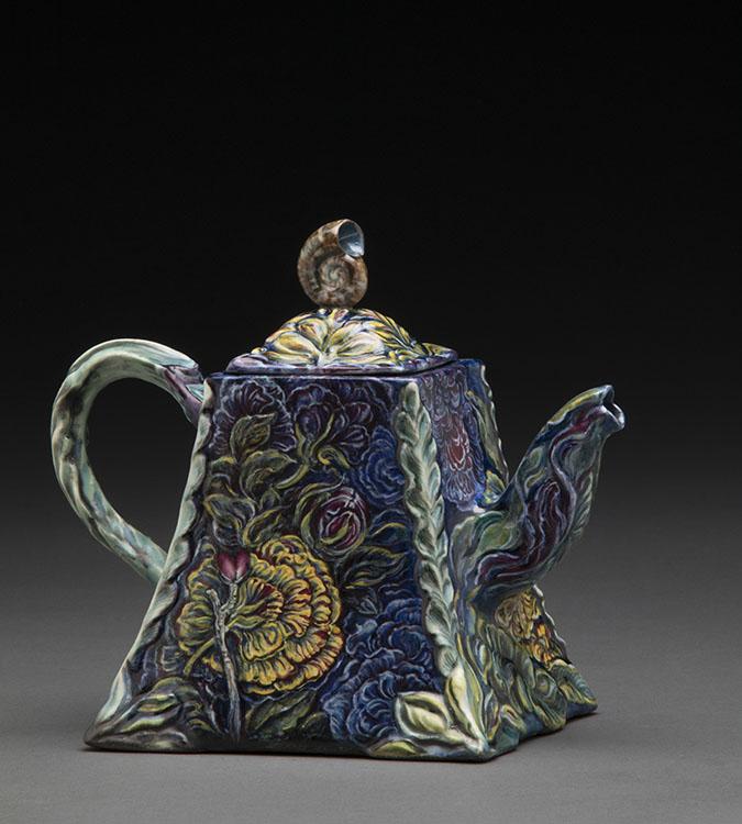 Susan Thayer - teapots_524.jpg