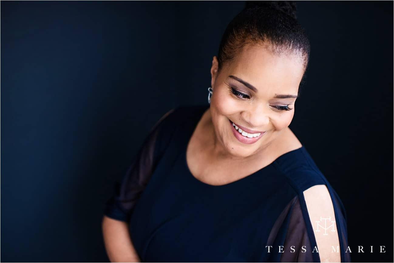Tessa_marie_studios_womens_headshots_portraits_empowering_full_experience_something_for_mom_0039