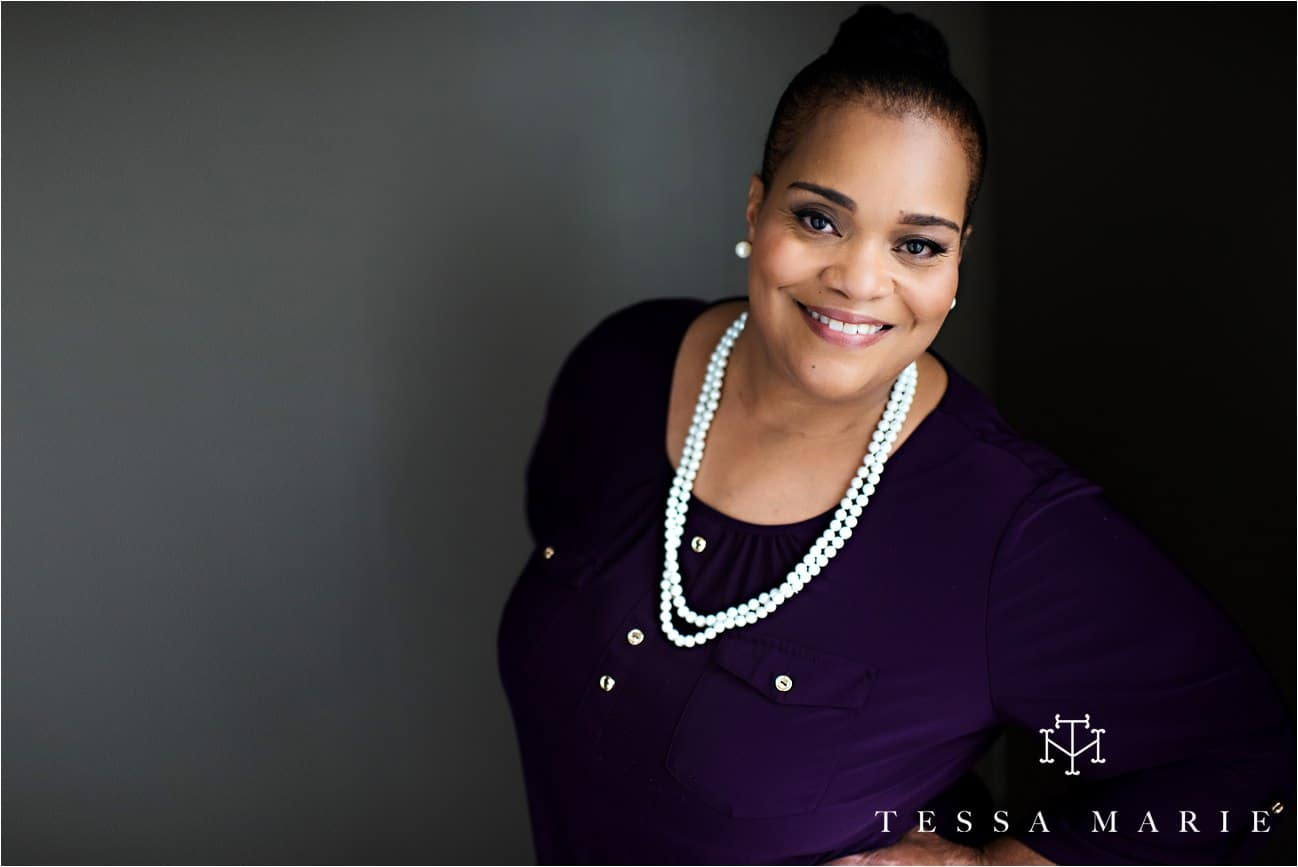 Tessa_marie_studios_womens_headshots_portraits_empowering_full_experience_something_for_mom_0043