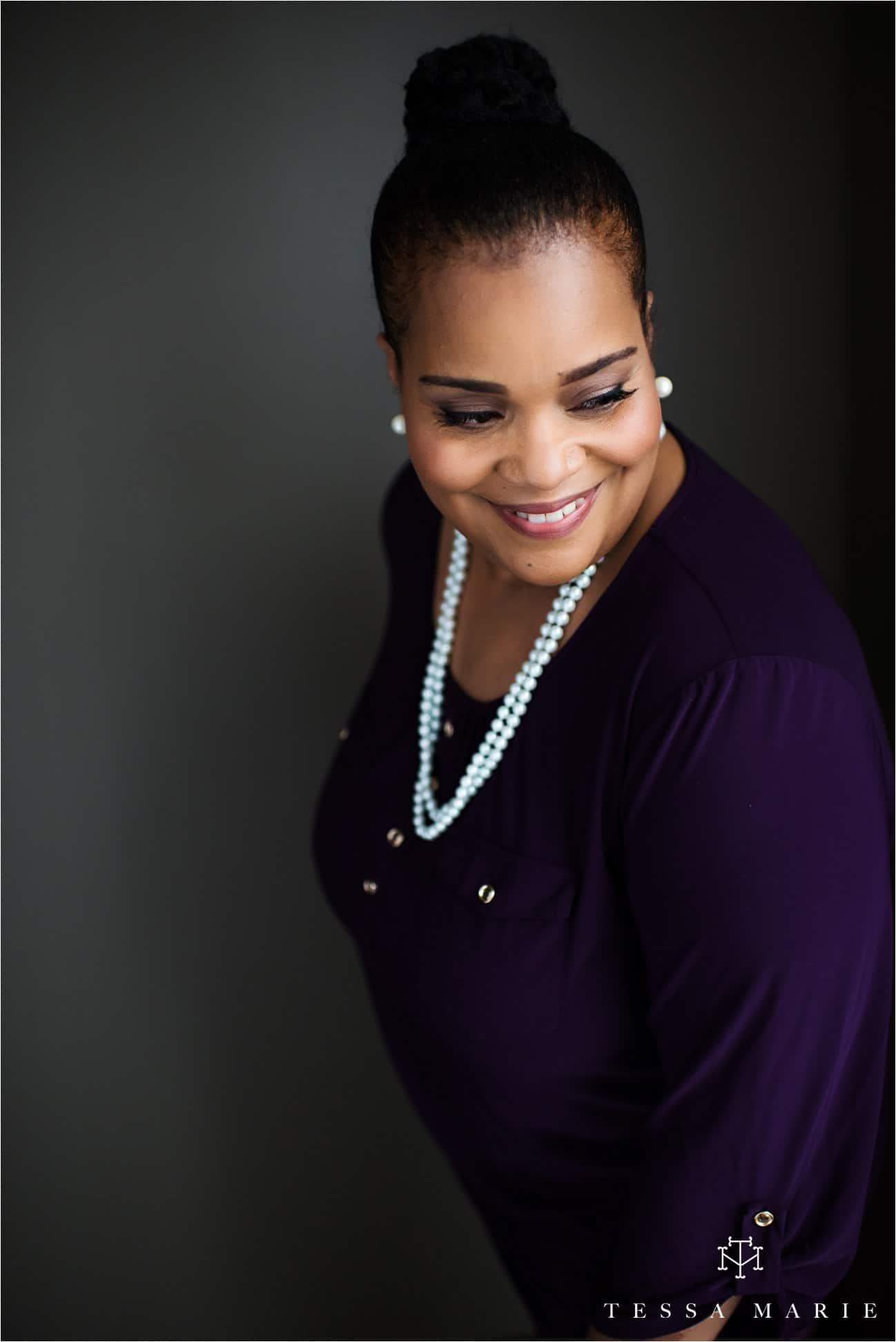 Tessa_marie_studios_womens_headshots_portraits_empowering_full_experience_something_for_mom_0044
