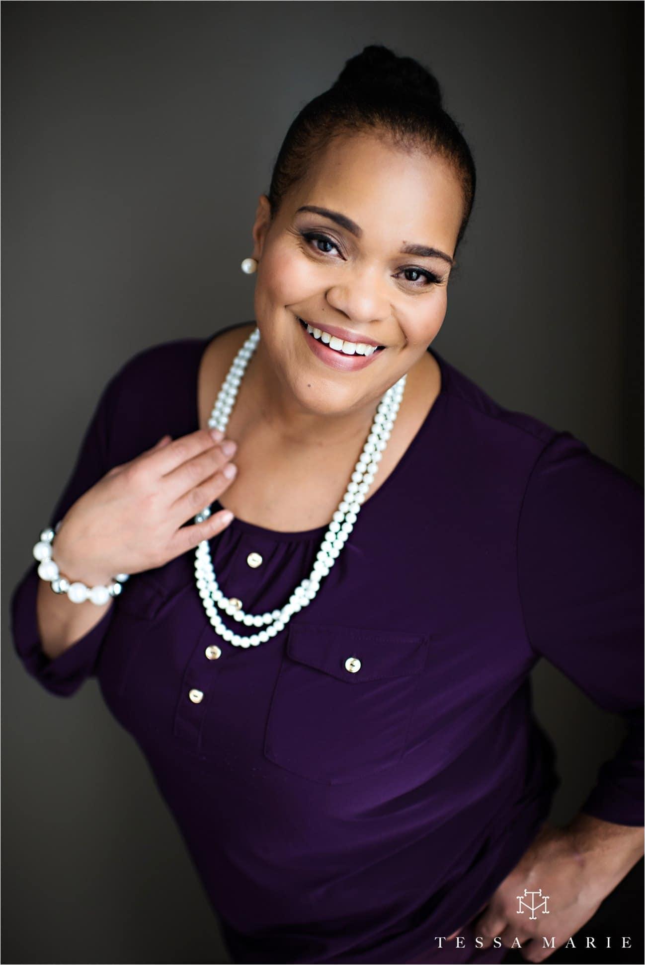 Tessa_marie_studios_womens_headshots_portraits_empowering_full_experience_something_for_mom_0046