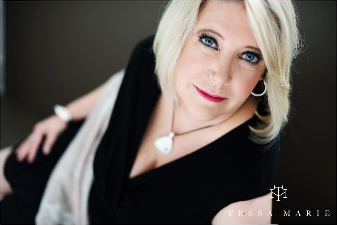 Tessa_marie_studios_womens_headshots_portraits_empowering_full_experience_something_for_mom_0056