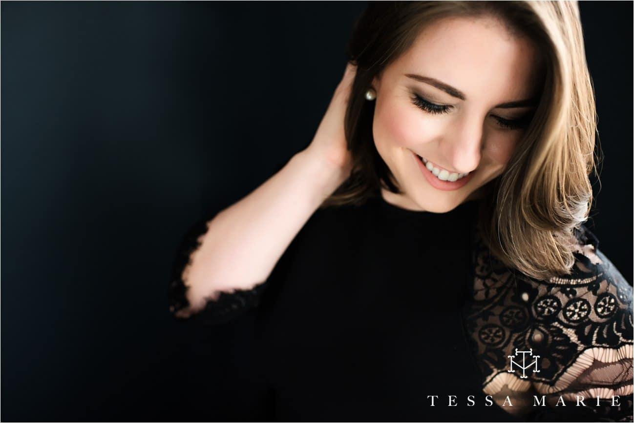 Tessa_marie_studios_womens_boudoir_portraits_empowering_full_experience_empowering_feeling_beautiful_0127