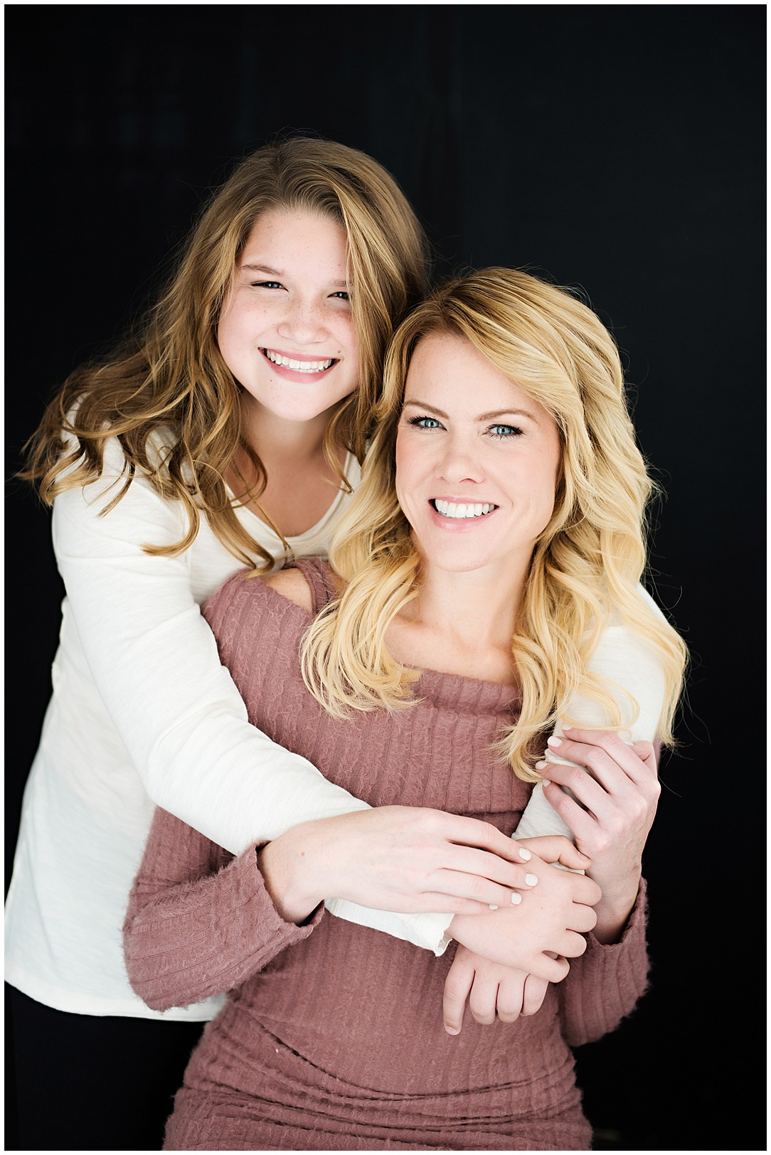 Tessa_marie_photography_family_portrait_photographer_mother_daughter_family_sessions_timeless_elegance_Vogue_magazine_style_portraits_contemporary_portraits_0096.jpg