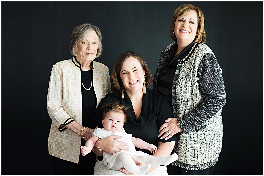 Tessa_marie_photography_family_portrait_photographer_mother_daughter_family_sessions_timeless_elegance_Vogue_magazine_style_portraits_contemporary_portraits_0166.jpg