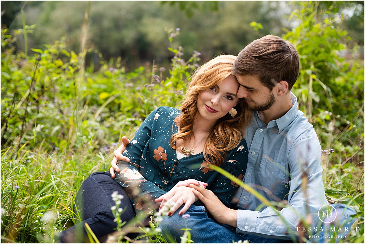Tessa_marie_photography_wedding_photographer_engagement_pictures_river_engagement_0008.jpg