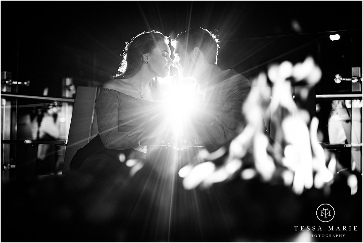 Tessa_marie_photography_wedding_photographer_engagement_pictures_river_engagement_0028.jpg