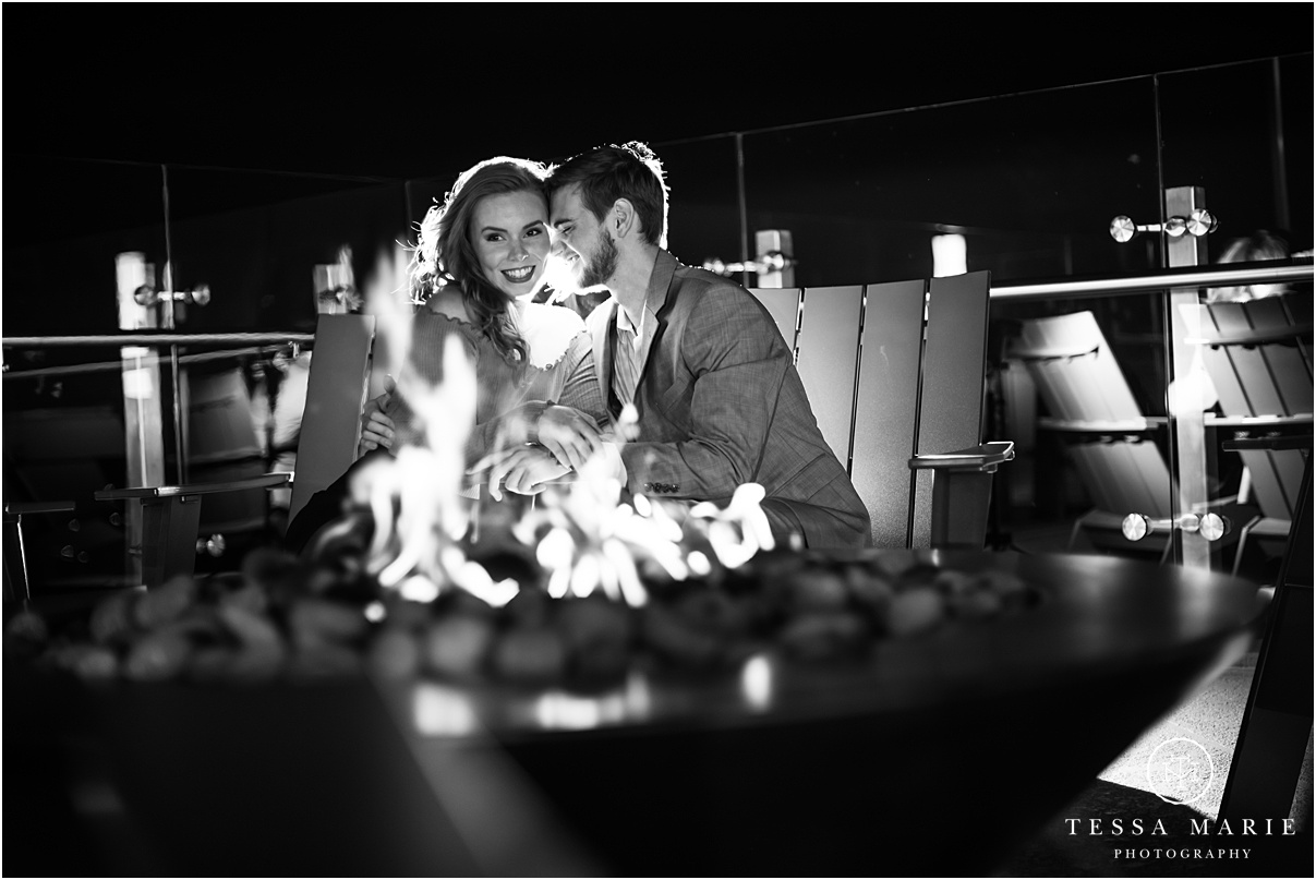Tessa_marie_photography_wedding_photographer_engagement_pictures_river_engagement_0030.jpg