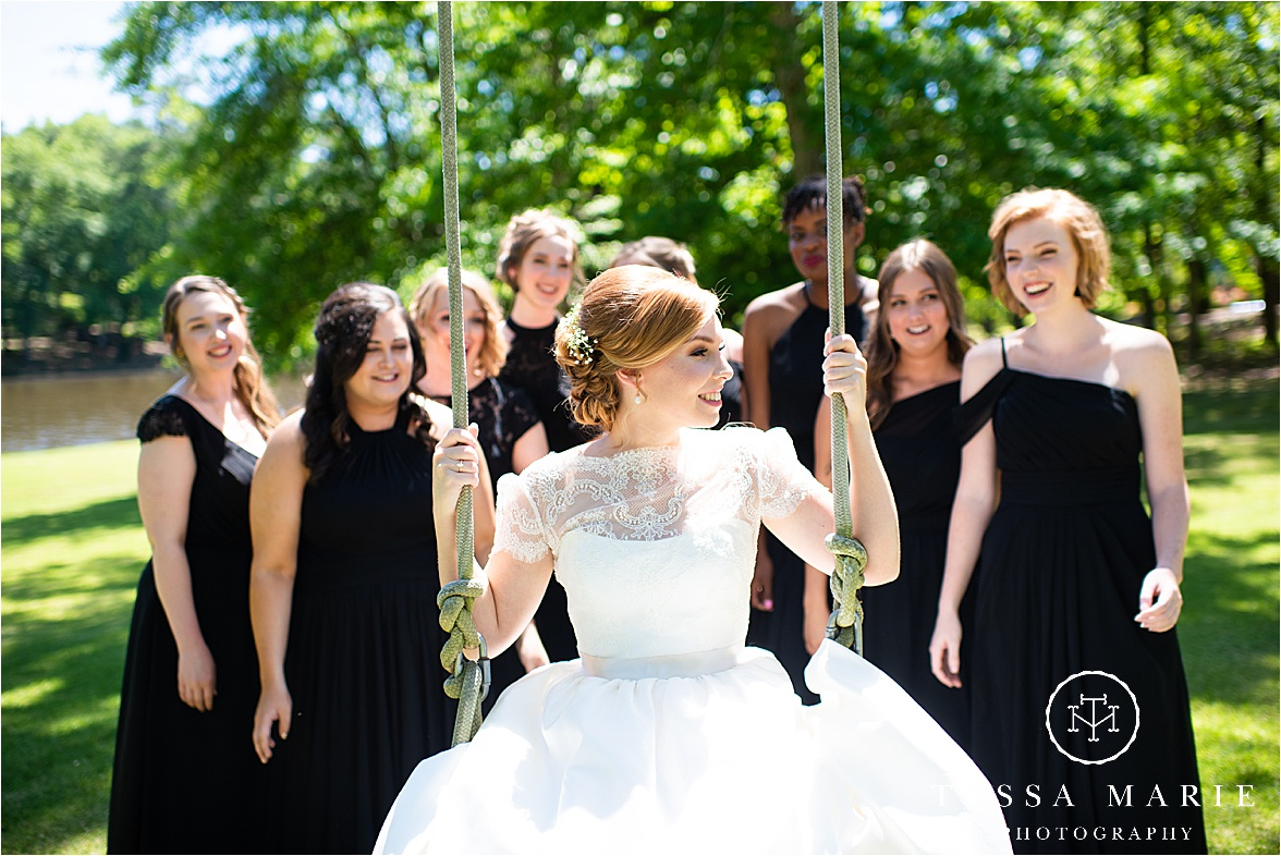 Tessa_marie_weddings_columbus_wedding_photographer_wedding_day_spring_outdoor_wedding_0019.jpg