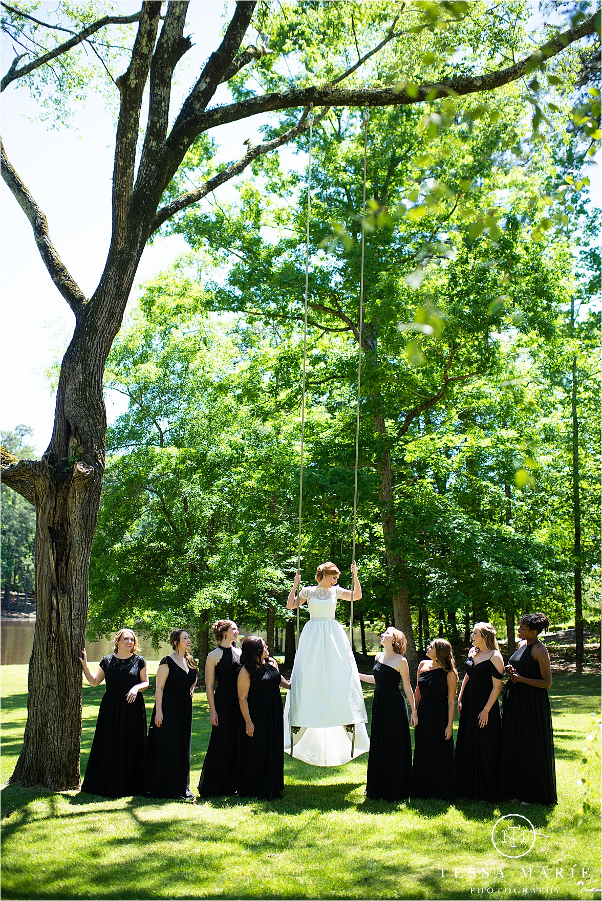 Tessa_marie_weddings_columbus_wedding_photographer_wedding_day_spring_outdoor_wedding_0022.jpg
