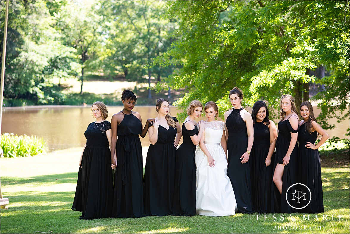 Tessa_marie_weddings_columbus_wedding_photographer_wedding_day_spring_outdoor_wedding_0027.jpg
