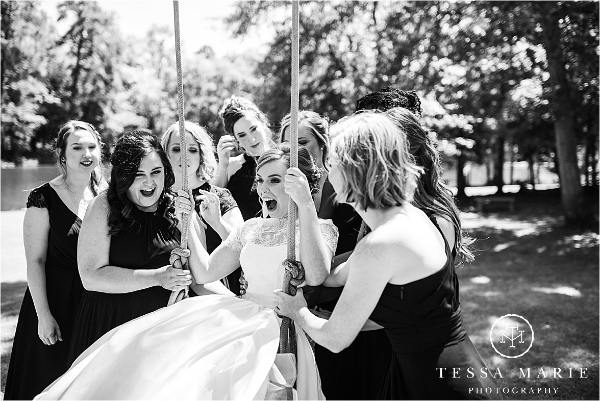 Tessa_marie_weddings_columbus_wedding_photographer_wedding_day_spring_outdoor_wedding_0053.jpg