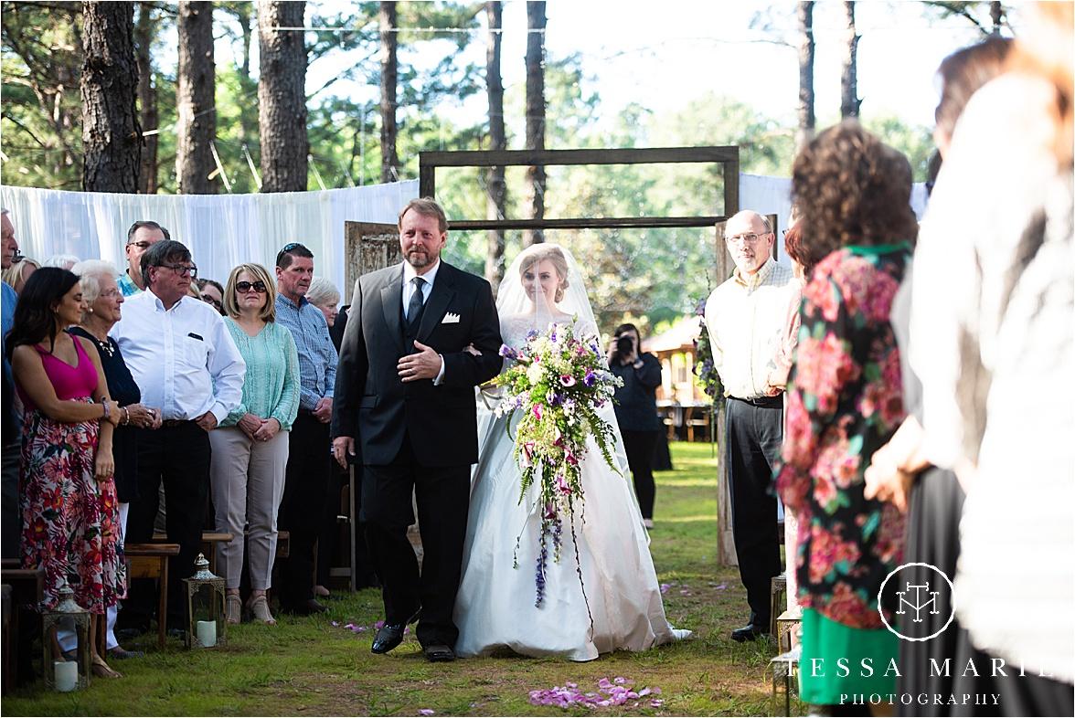 Tessa_marie_weddings_columbus_wedding_photographer_wedding_day_spring_outdoor_wedding_0077.jpg