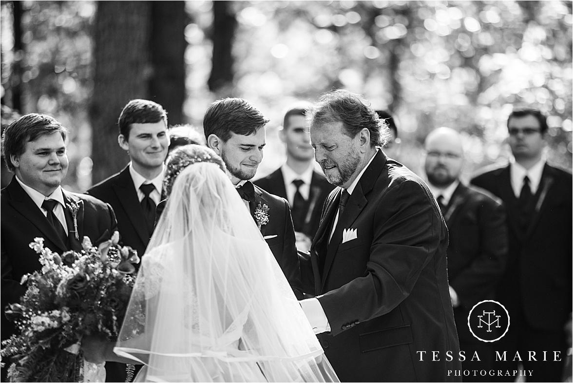 Tessa_marie_weddings_columbus_wedding_photographer_wedding_day_spring_outdoor_wedding_0079.jpg