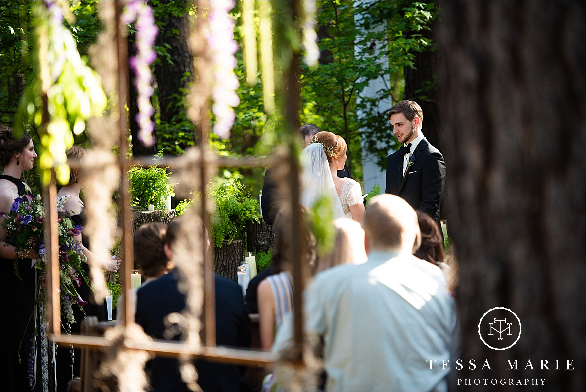 Tessa_marie_weddings_columbus_wedding_photographer_wedding_day_spring_outdoor_wedding_0086.jpg