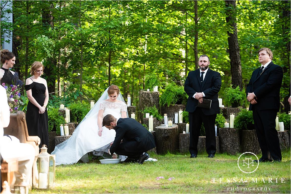 Tessa_marie_weddings_columbus_wedding_photographer_wedding_day_spring_outdoor_wedding_0089.jpg