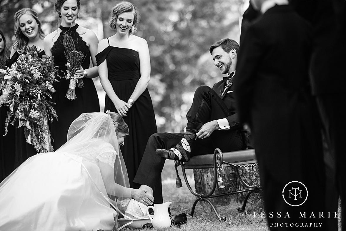 Tessa_marie_weddings_columbus_wedding_photographer_wedding_day_spring_outdoor_wedding_0092.jpg