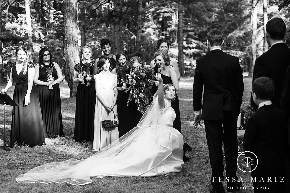Tessa_marie_weddings_columbus_wedding_photographer_wedding_day_spring_outdoor_wedding_0093.jpg