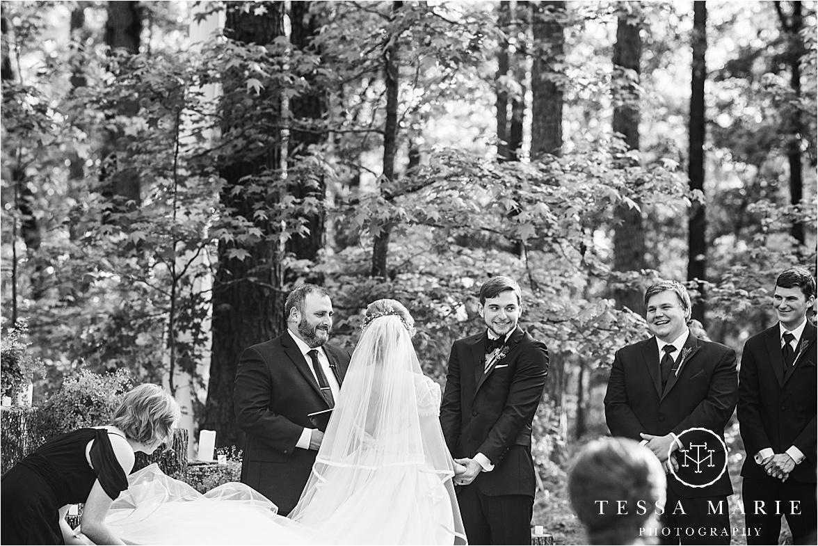 Tessa_marie_weddings_columbus_wedding_photographer_wedding_day_spring_outdoor_wedding_0094.jpg