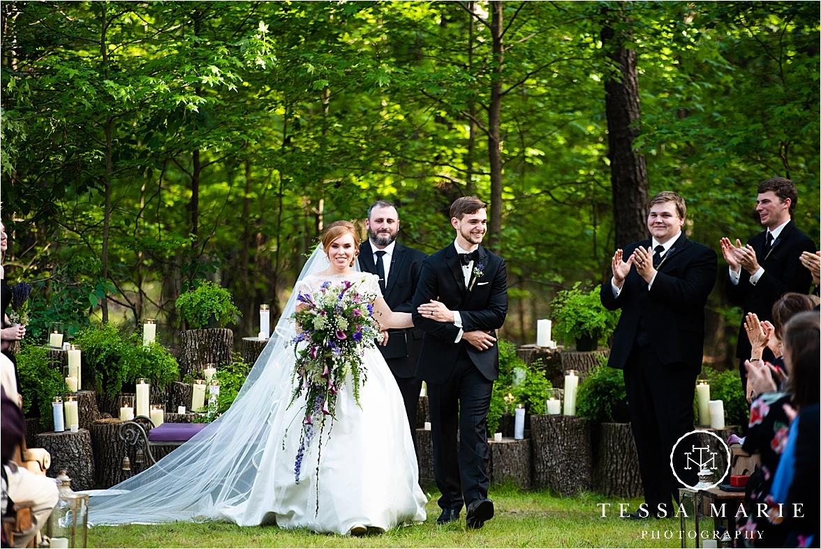 Tessa_marie_weddings_columbus_wedding_photographer_wedding_day_spring_outdoor_wedding_0096.jpg