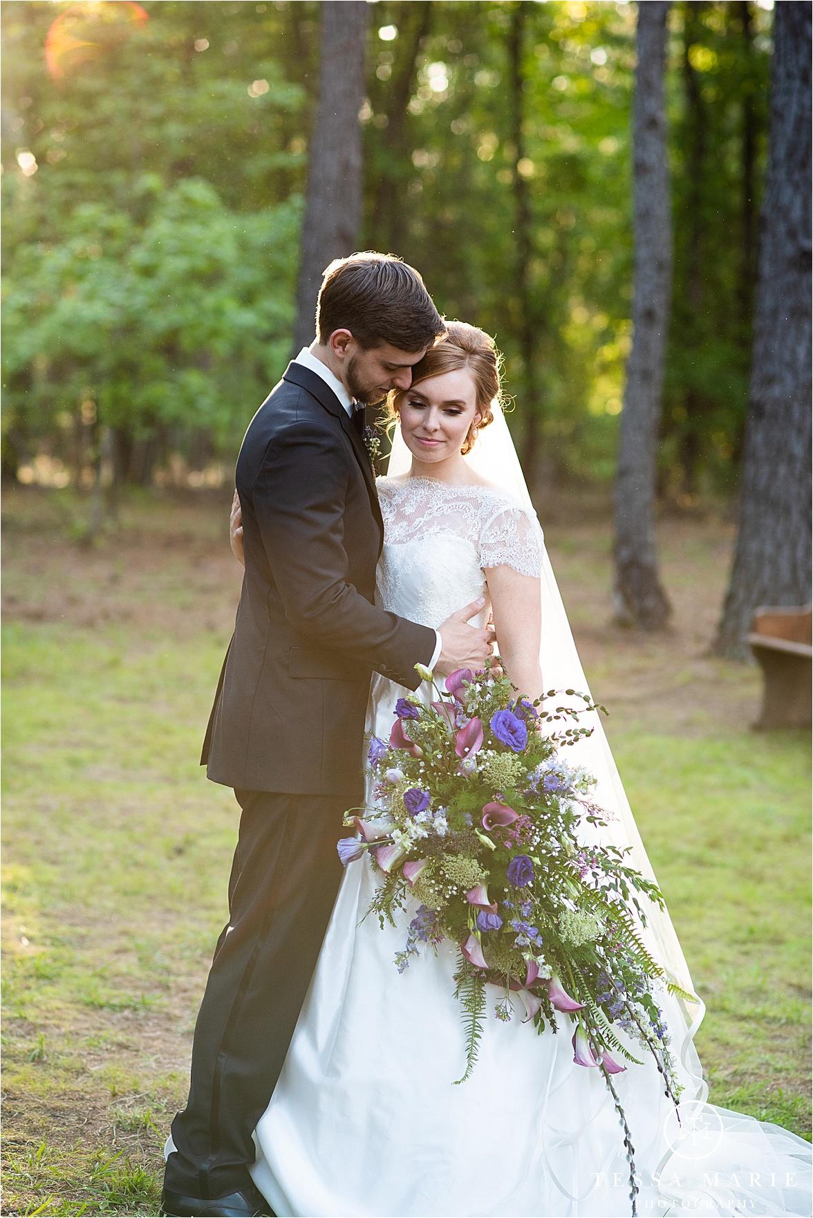 Tessa_marie_weddings_columbus_wedding_photographer_wedding_day_spring_outdoor_wedding_0114.jpg