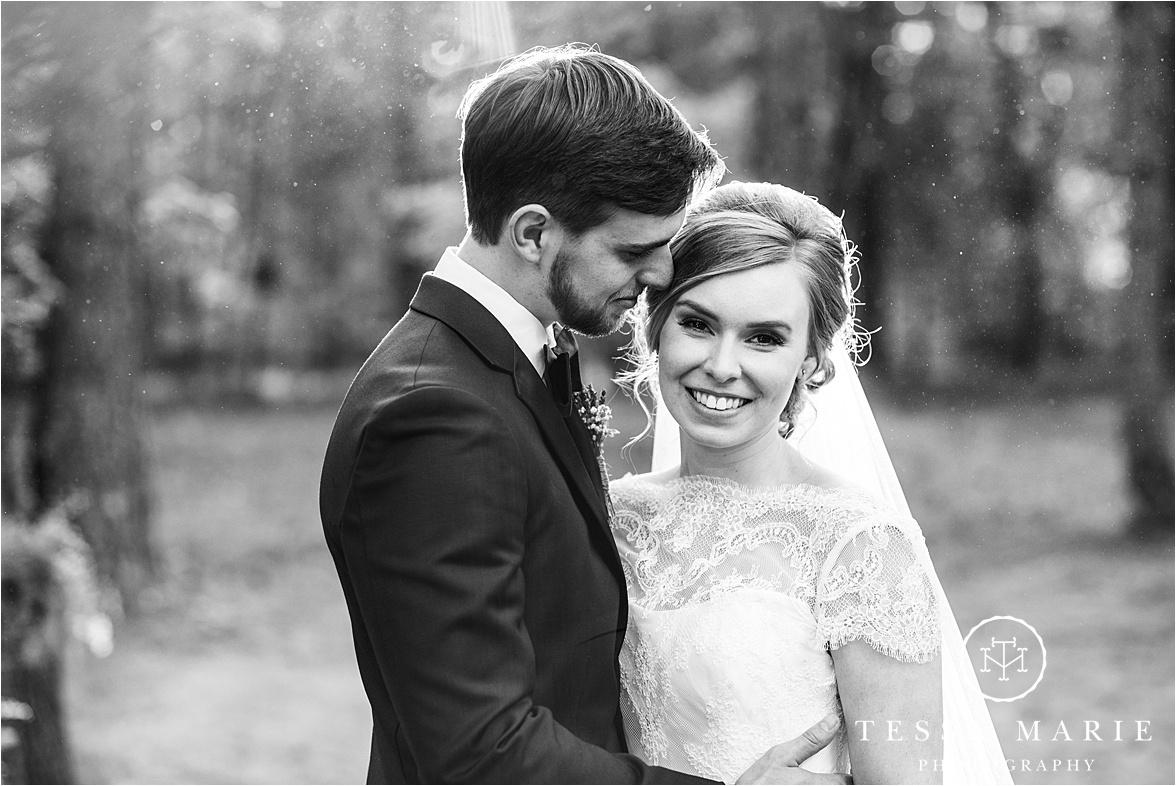 Tessa_marie_weddings_columbus_wedding_photographer_wedding_day_spring_outdoor_wedding_0120.jpg