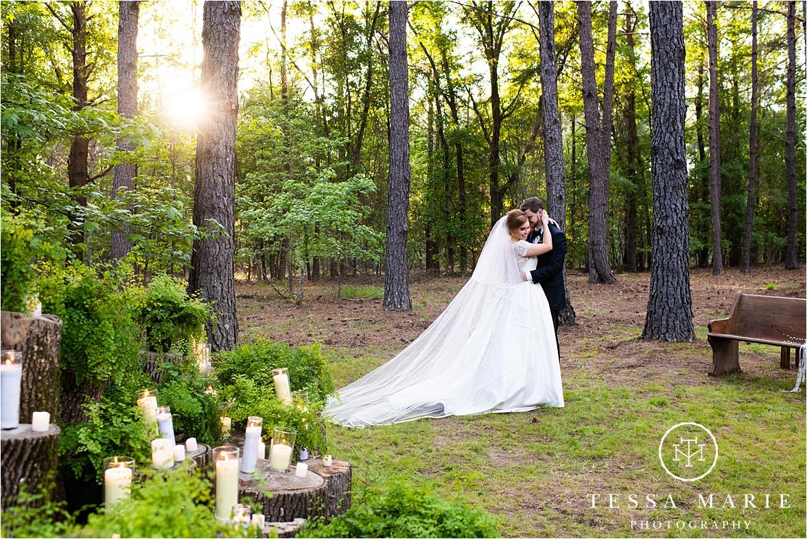 Tessa_marie_weddings_columbus_wedding_photographer_wedding_day_spring_outdoor_wedding_0125.jpg