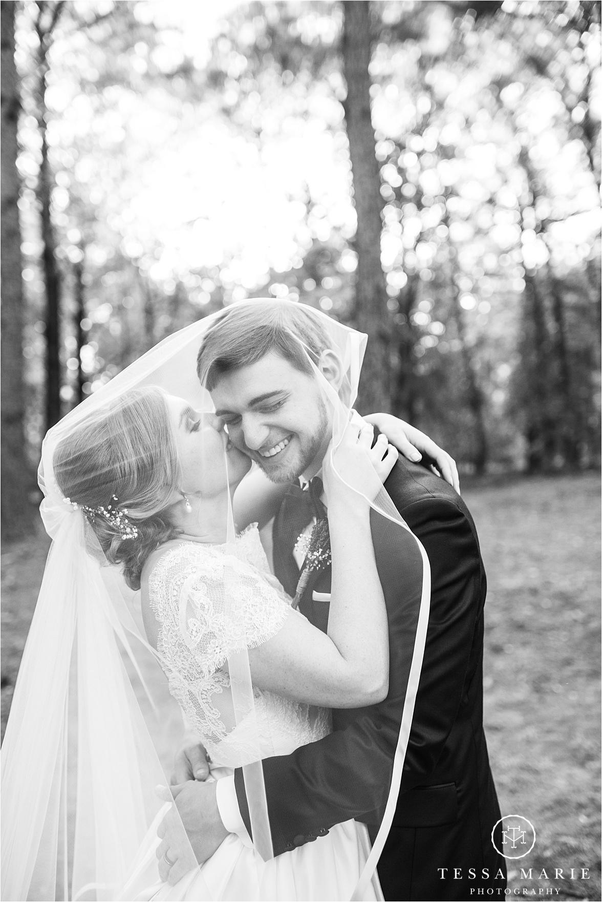 Tessa_marie_weddings_columbus_wedding_photographer_wedding_day_spring_outdoor_wedding_0128.jpg