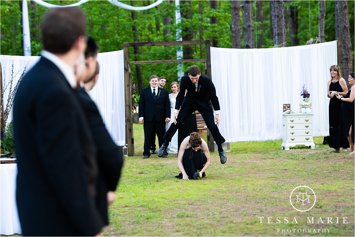 Tessa_marie_weddings_columbus_wedding_photographer_wedding_day_spring_outdoor_wedding_0132.jpg