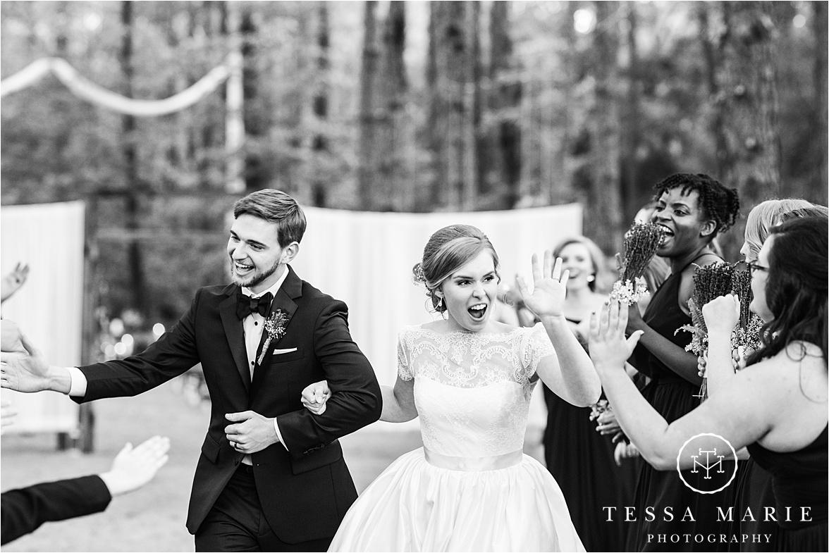 Tessa_marie_weddings_columbus_wedding_photographer_wedding_day_spring_outdoor_wedding_0134.jpg
