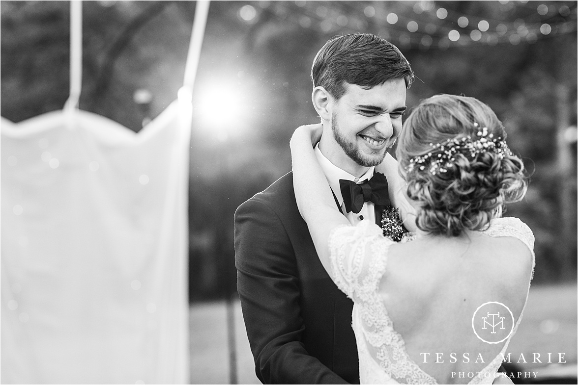 Tessa_marie_weddings_columbus_wedding_photographer_wedding_day_spring_outdoor_wedding_0181.jpg