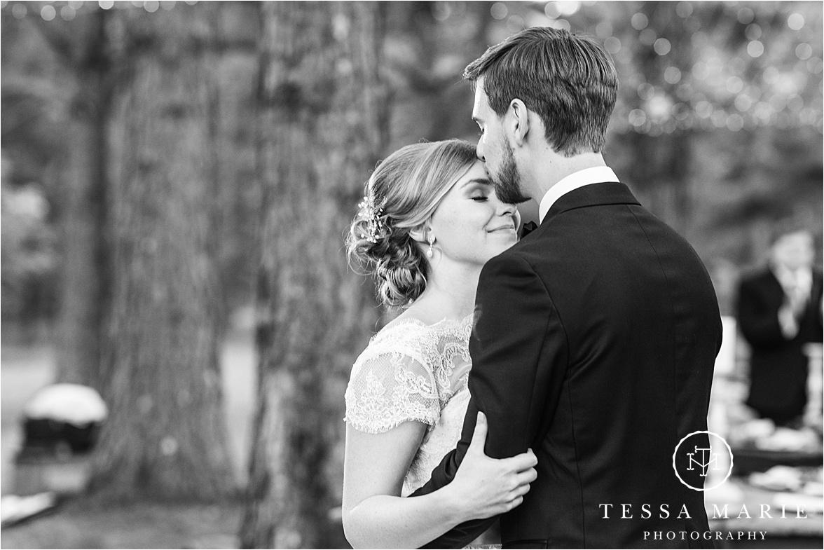 Tessa_marie_weddings_columbus_wedding_photographer_wedding_day_spring_outdoor_wedding_0185.jpg