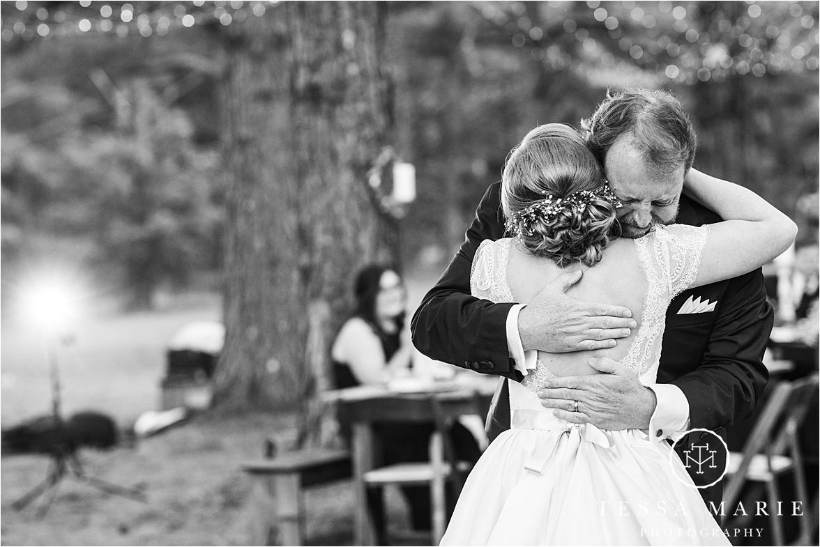 Tessa_marie_weddings_columbus_wedding_photographer_wedding_day_spring_outdoor_wedding_0198.jpg