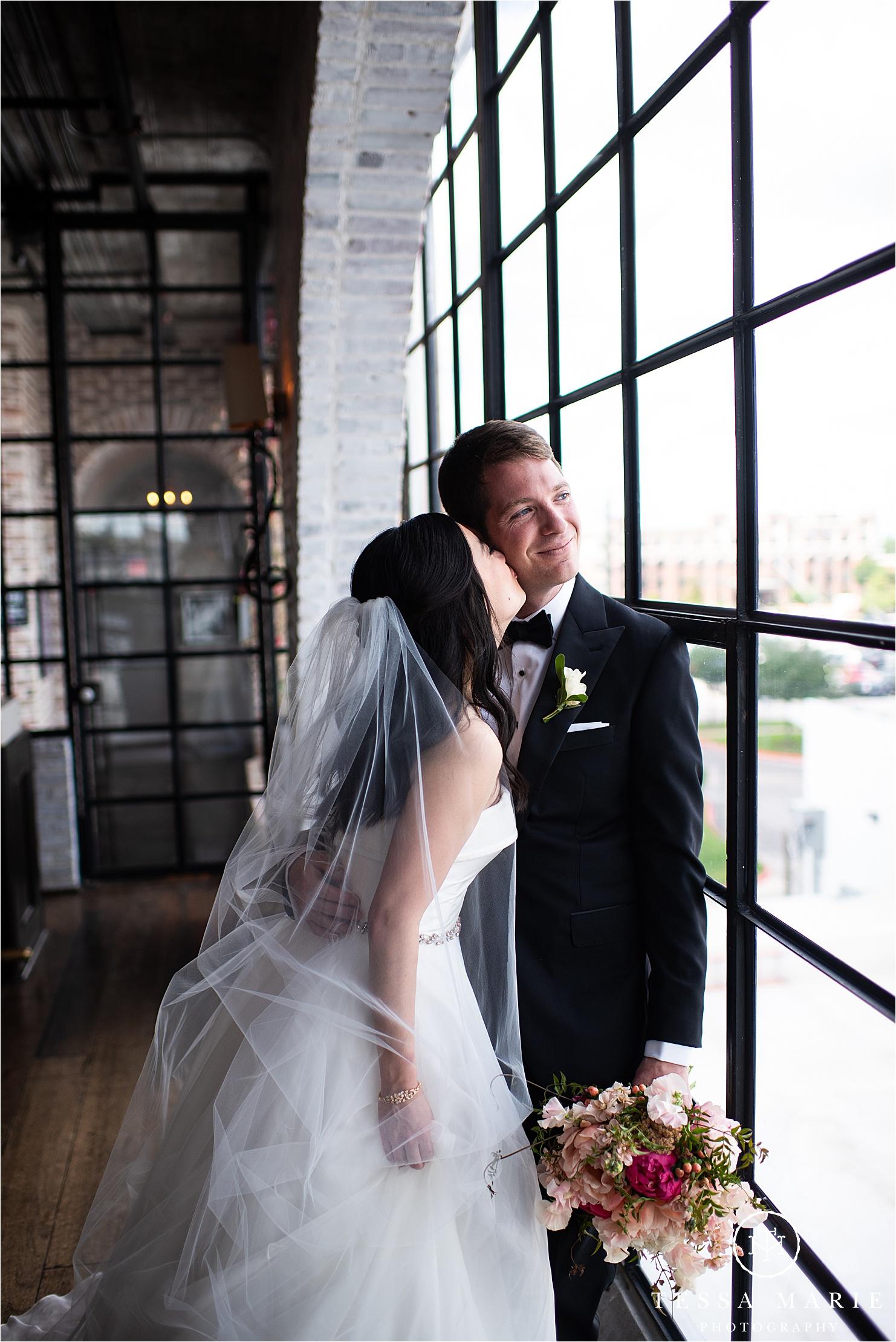 Tessa_marie_weddings_houston_wedding_photographer_The_astorian_0065.jpg