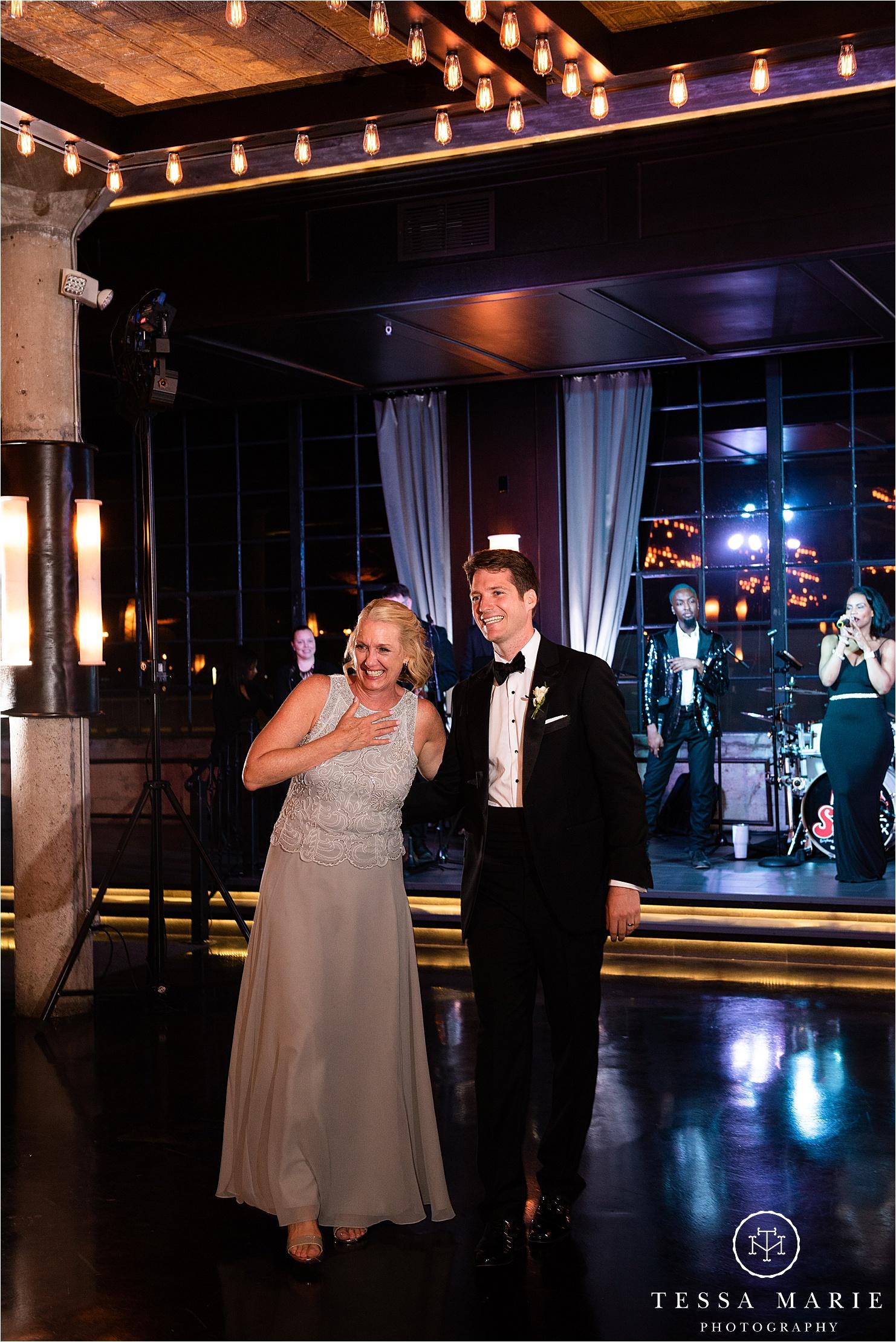 Tessa_marie_weddings_houston_wedding_photographer_The_astorian_0172.jpg