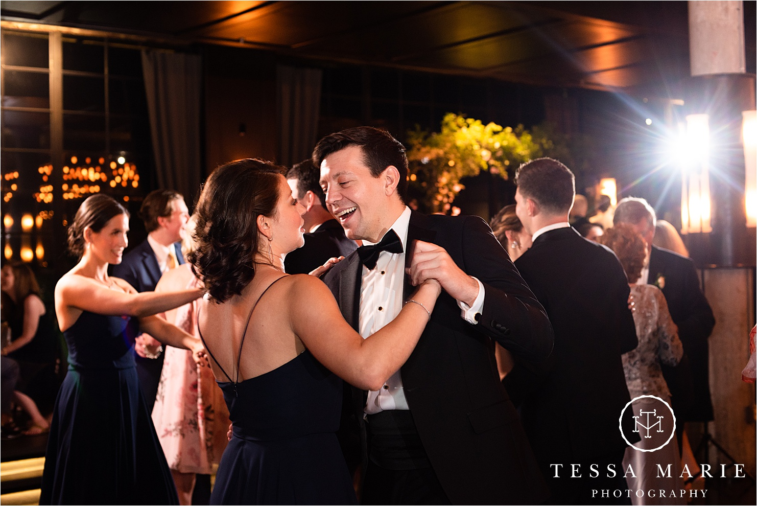 Tessa_marie_weddings_houston_wedding_photographer_The_astorian_0174.jpg