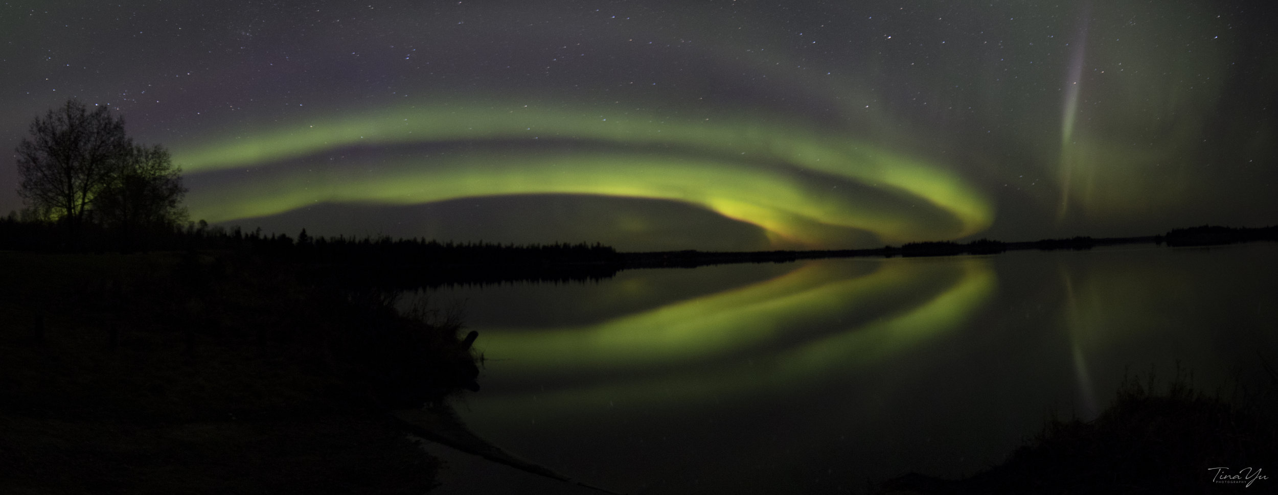 aurora panorama1_w.jpg