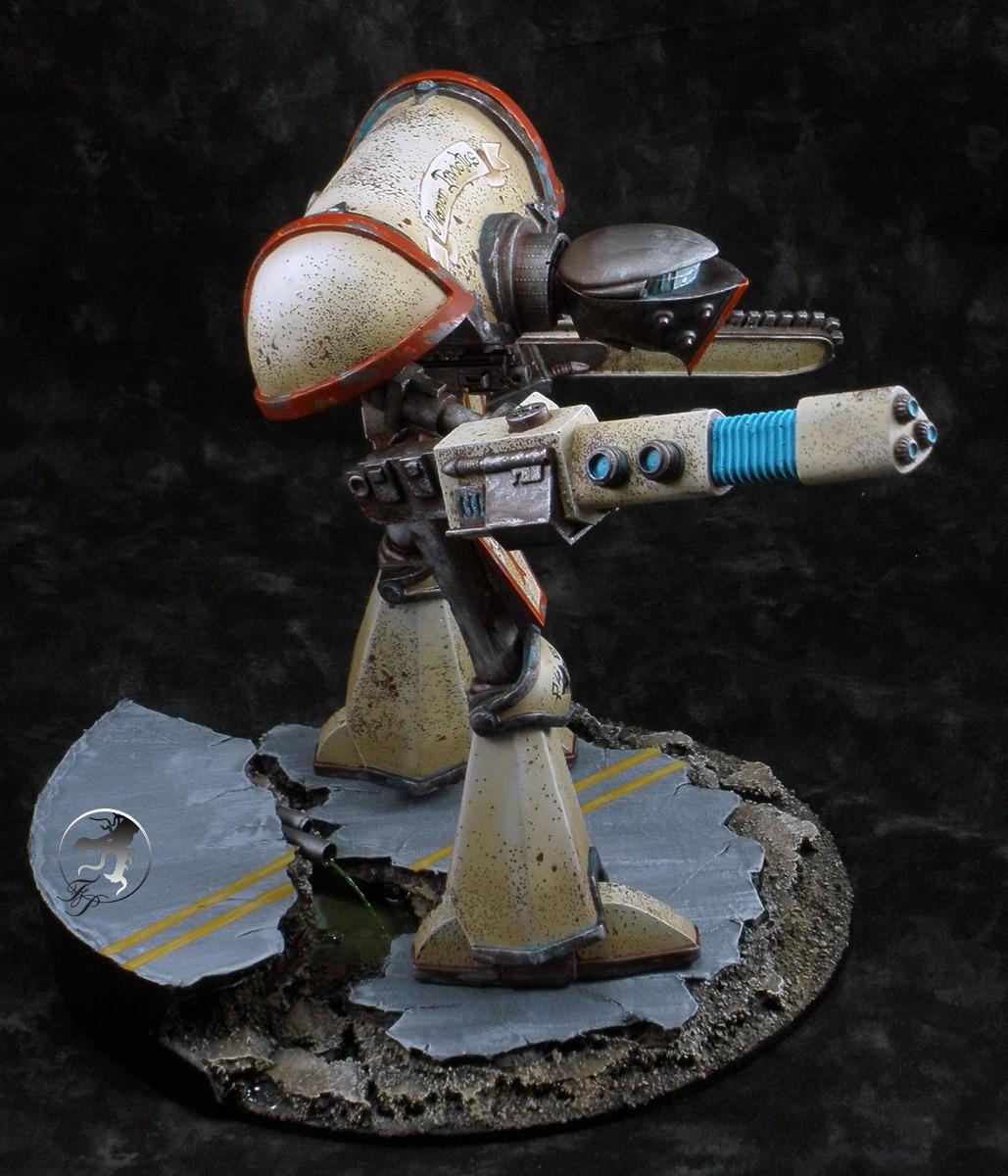 adeptus-mechanicus-knight-titan-side.jpg
