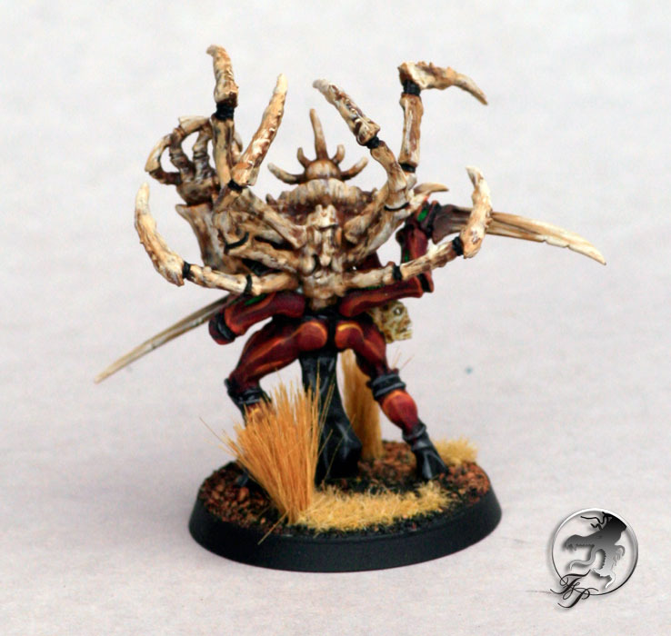 tyranid-broodlord-back.jpg