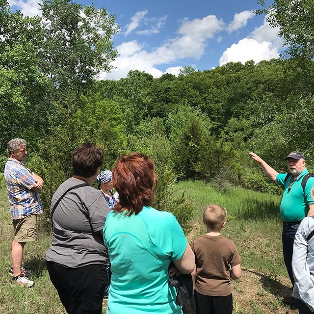 Geologist Larry Bean leads our annual Rockhound basics program in the #waterloorecreationarea on a beautiful #puremichigan Sunday