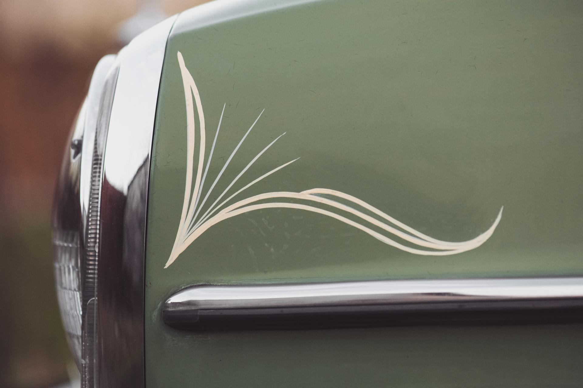 Mercedes240-18.jpg