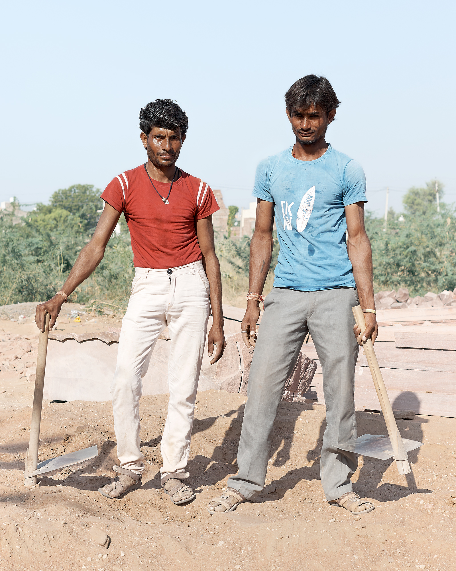 04_Builders, Osian, India, 2017.jpg